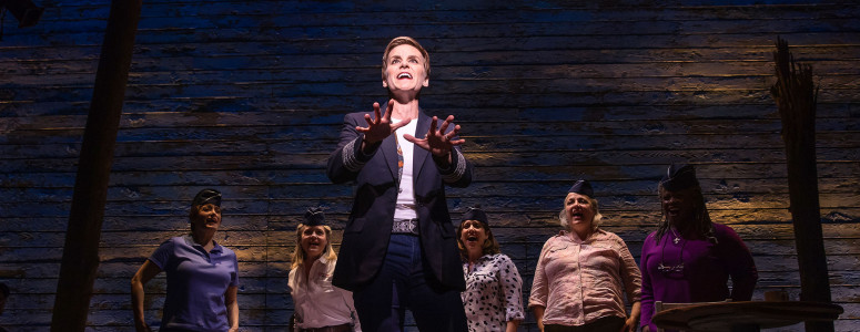 [4]_Jenn Colella and the cast of COME FROM AWAY, Photo by Matthew Murphy, 2017